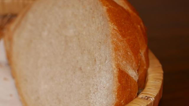 bread-1106098_640