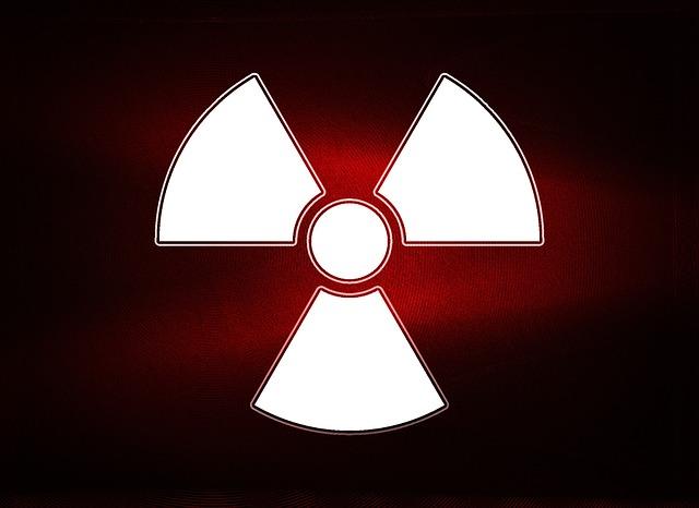 radioactivity-1222521_640
