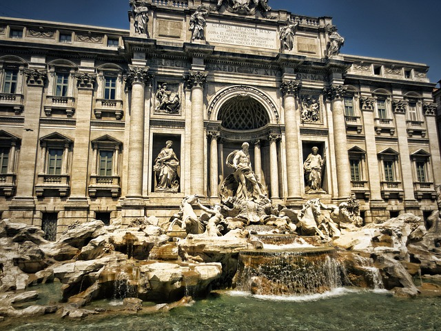 trevi-fountain-298411_640