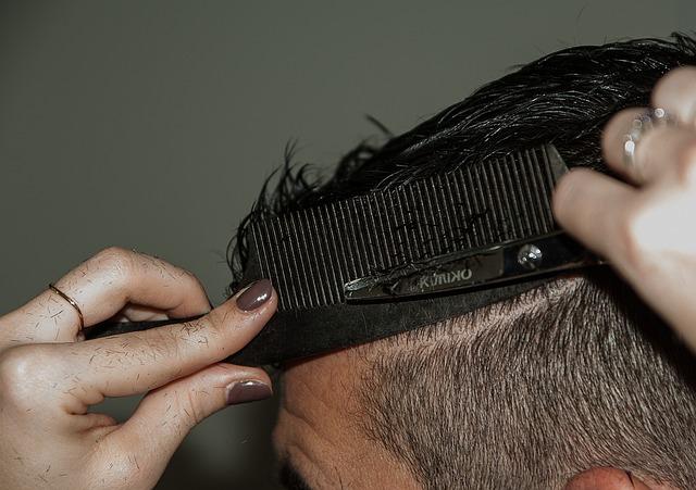 hairdresser-1179534_640