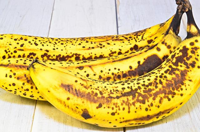 banana-1206002_640