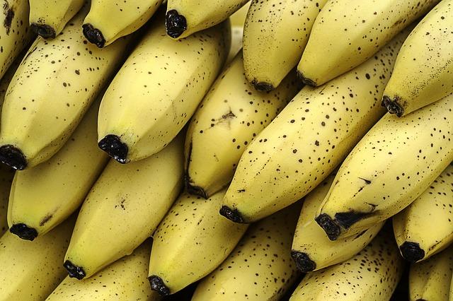 bananas-1072399_640