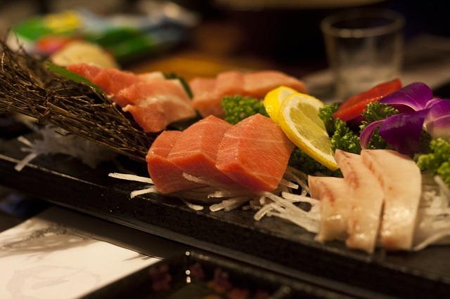 sushi-263258_640