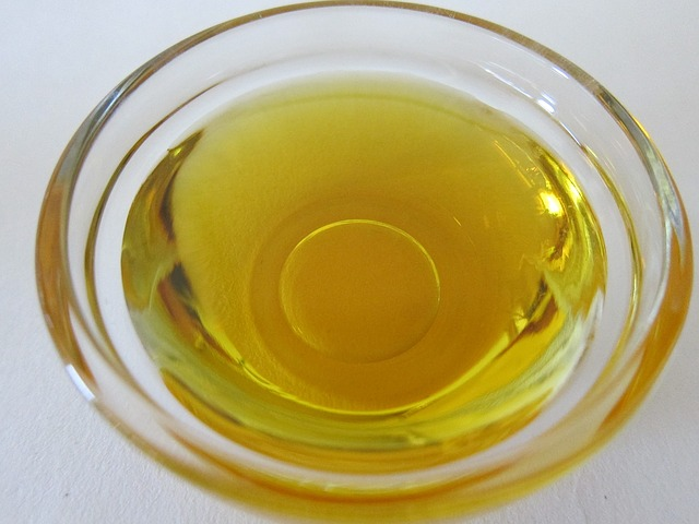 passion-fruit-oil-1111249_640