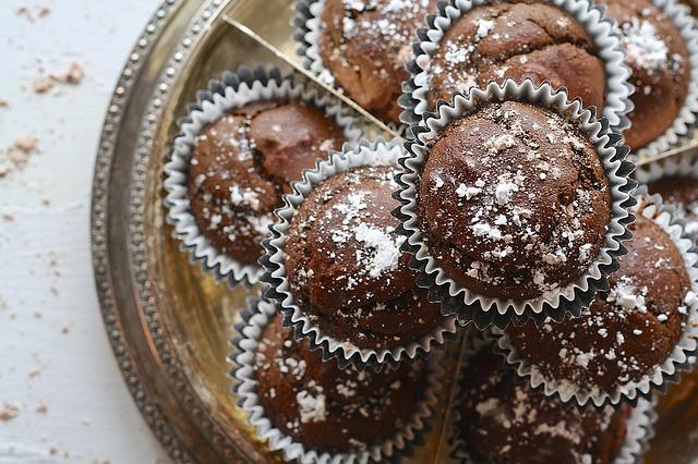 cupcakes-1452178_640