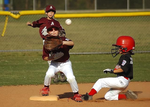 baseball-1534338_640