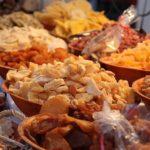ドライフルーツはサラダに混ぜれば豪華版となり一皿がグーンと栄養強化
